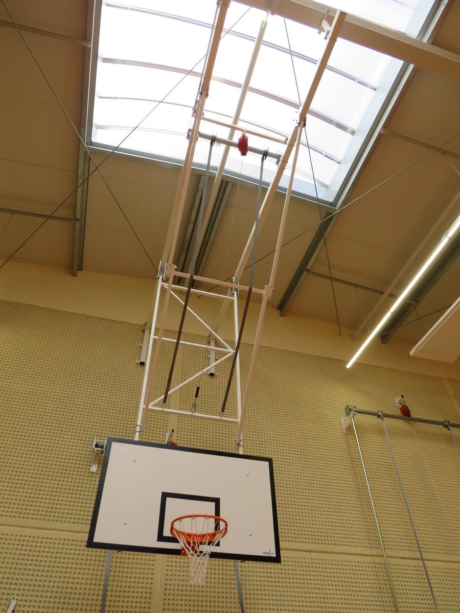 Basketball-Deckengerüst nach DIN 7899